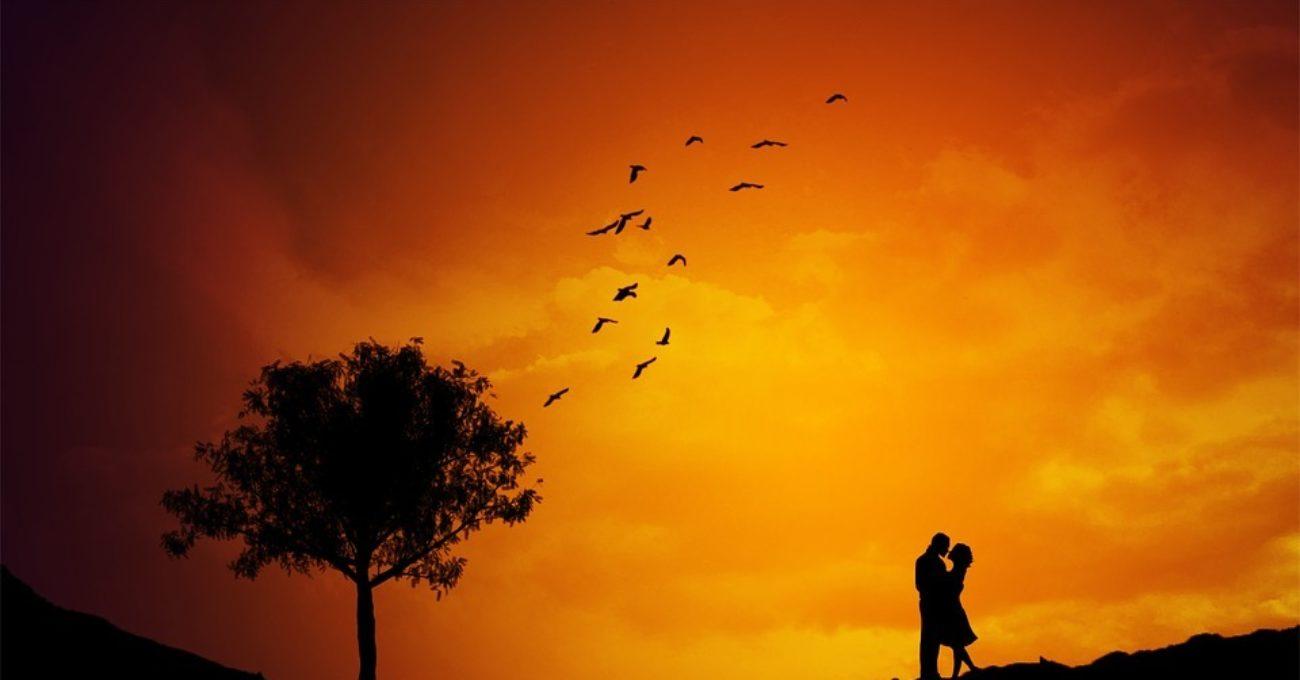 Aşa cum n-a mai fost - poezie de dragoste