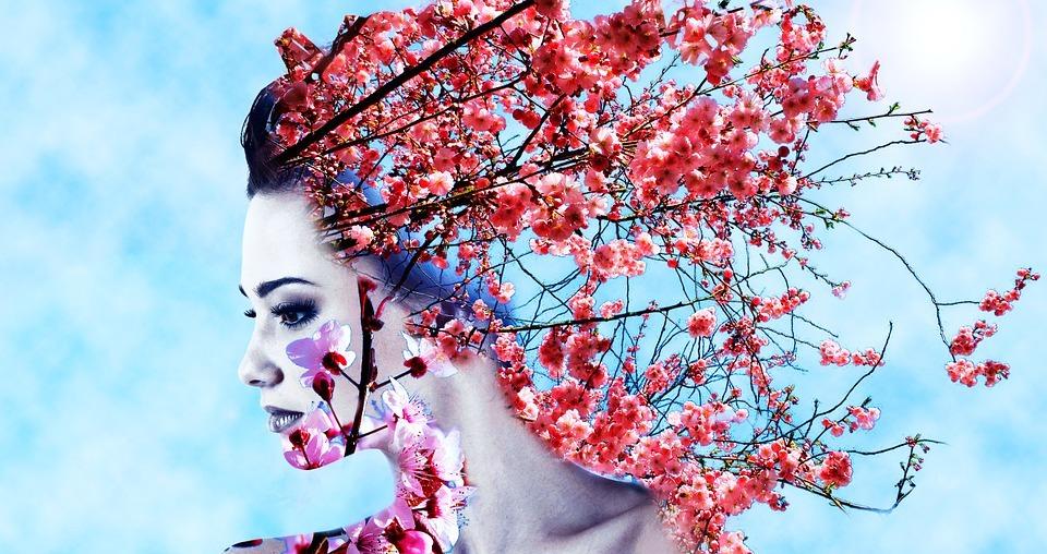 Femeia, eterna primăvară