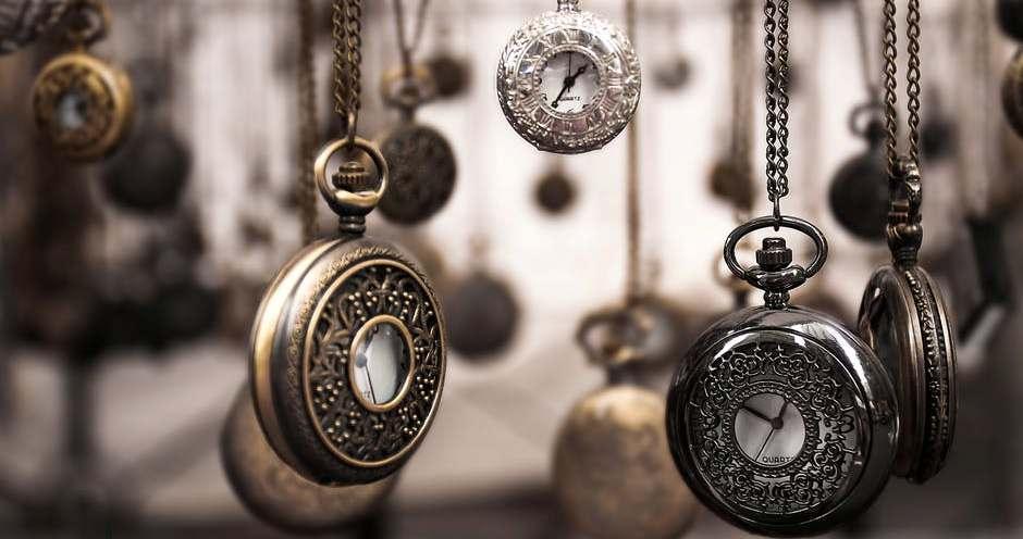 Vremelniciep-poezie despre timp si dragoste