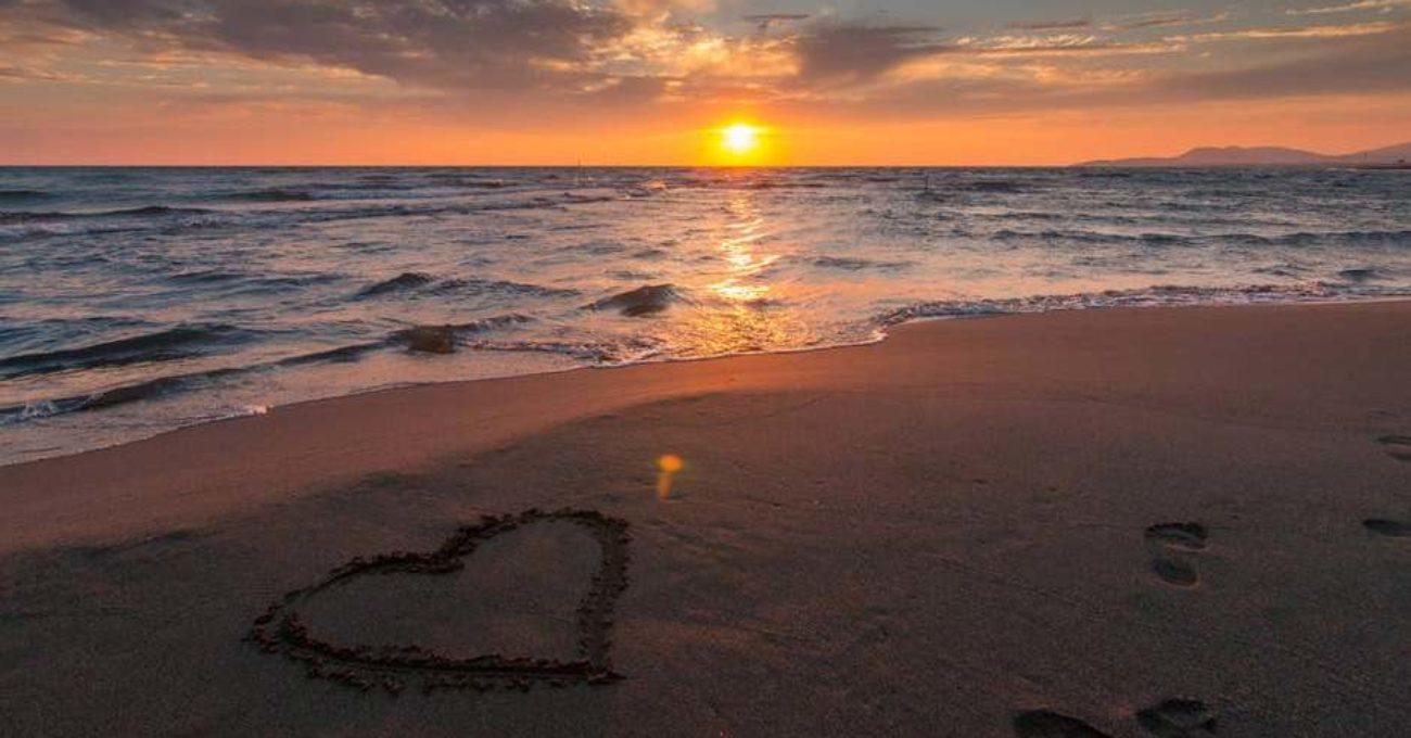 Dreptul la iubire - poezie de Alexandra Mihalache